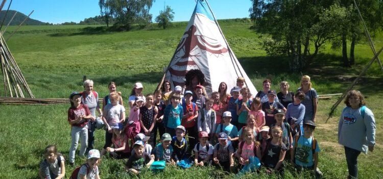 Výlet do indiánské vesničky v Růžové